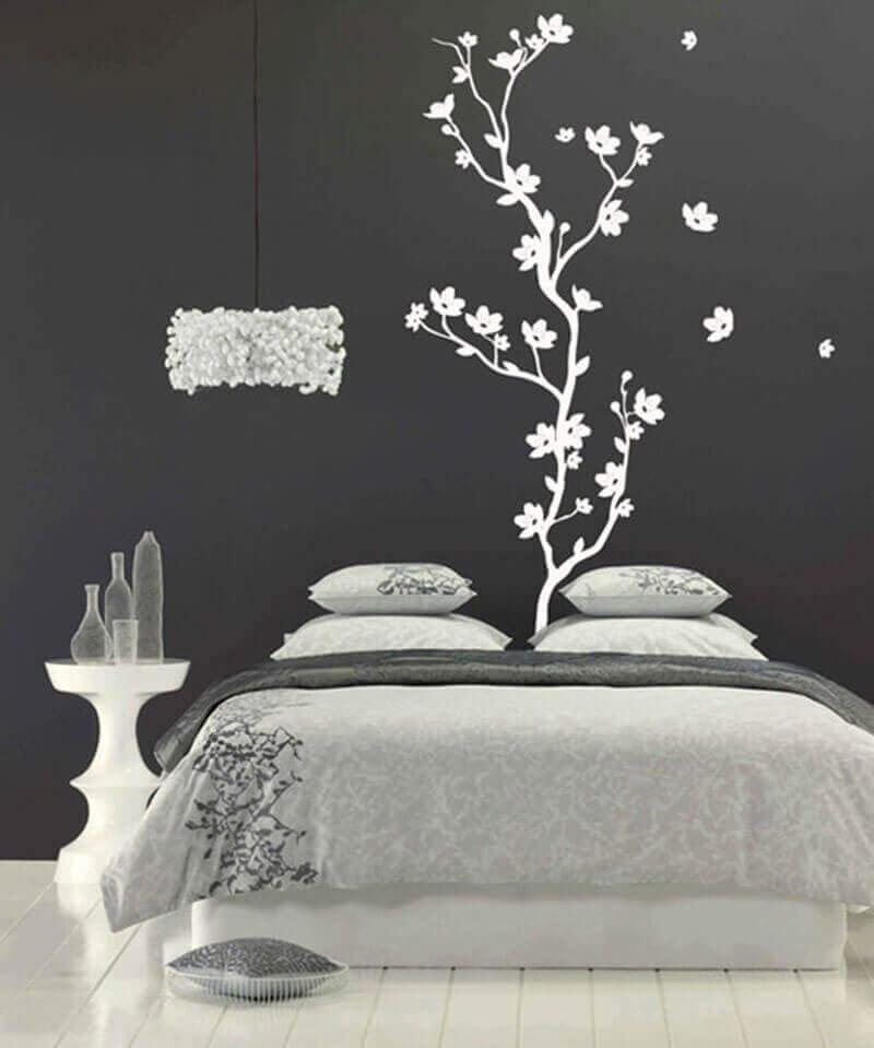 платформы декор стены из черно-белых картинок как большинство